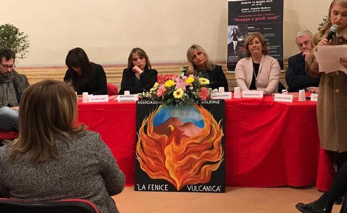 Basta violenze sulle donne, 'Scappa a piedi nudi' a Ottaviano l'iniziativa promossa dall'associazione 'La fenice vulcanica'