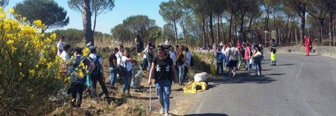 Volontari in campo sul Vesuvio per pulire tre chilometri di strada