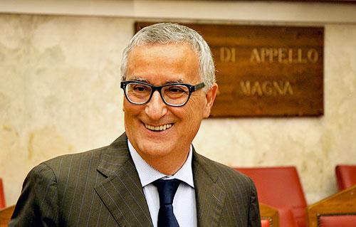 Pd, l'ex procuratore antimafiaFranco Roberti capolista al Sud per le Europee