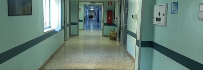 Bufera all'Asl di Volla: un dipendente denuncia un collega. Intervengono i carabinieri