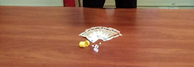 Portici, 35enne trasportava droga sotto il sedile: arrestato
