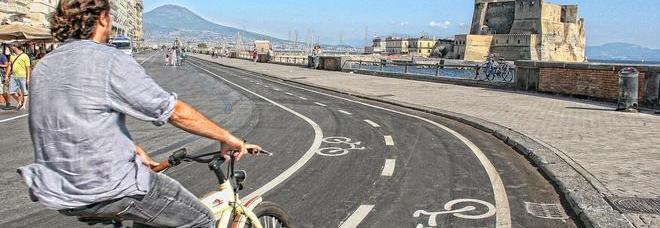 Napoli sempre più ciclabile: ecco le nuove piste per  le due ruote in città