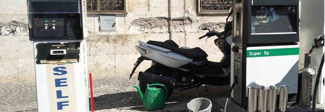 La truffa delle pompe bianche: aria al posto del carburante, sequestrati due distributori a San Giorgio a Cremano e a Nola
