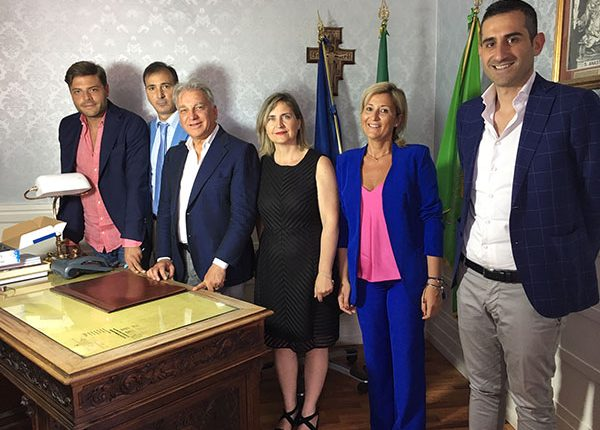 Sant'Anastasia, il sindaco Abete presenta la nuova giunta tra riconferme e new entry