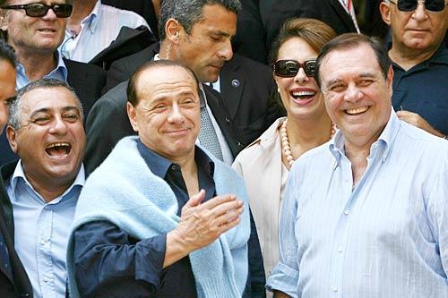 Regionali in Campania, nasconoi primi cento circoli pro Mastella