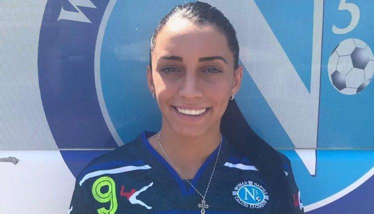 La bomber Fabiana Vecchione tra le fila dell'ASD Calcio Pomigliano Femminile