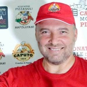Napoli, Ciro Magnetti vince il campionato mondiale della pizza. Stasera chiude il Pizza Village