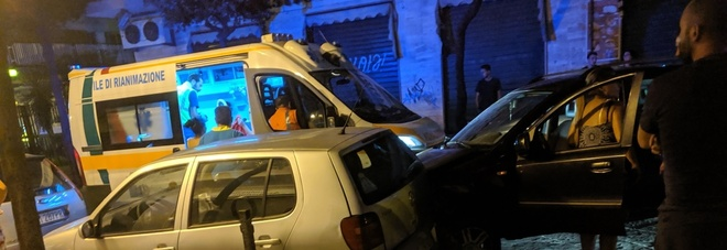Cinque minorenni, la folle velocità e un foglio rosa: incidente  a San Giorgio a Cremano, coinvolte tre auto