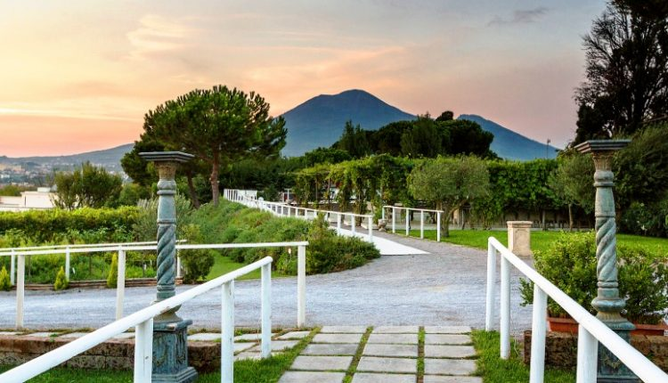 A Pompei concerto Vivaldi al chiaro luna:al Giardino dei Sensi del complesso Tiberius