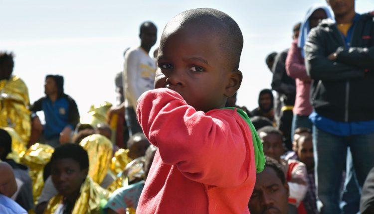 Migranti: assise degli psicologi a Napoli'Dal conflitto e dall'odio alla cura e alla speranza'