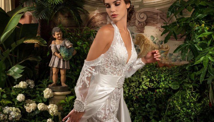 Al Salone Margherita per la prima volta anche abiti eleganti prêt-à-porter. Al termine l'abito gioiello dedicato al Duomo di Amalfi