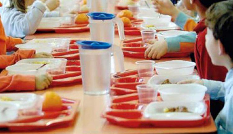 MENSA SCOLASTICA NELLA BUFERA –  A Massa di Somma tre avvisi di garanzia per gare non fatte e la comunicazione di sospensione della mensa scolastica