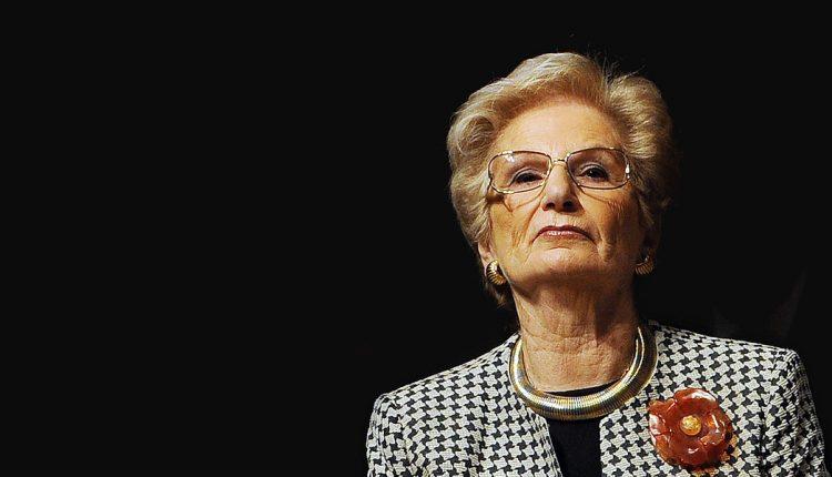 """""""Signor Sindaco, la proposta della sua amministrazione mi onora. Sarà per me motivo d'orgoglio diventare vostra concittadina onoraria"""" così la Senatrice Liliana Segre ha risposto alla comunicazione del sindaco Ciro Buonajuto per la cittadinanza onoraria"""