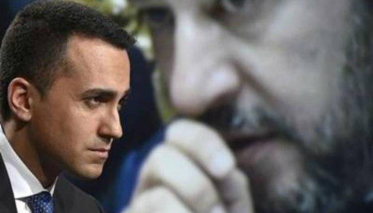 M5S, Di Maio: «Salvini ha aperto mercato delle vacche» sotto il Vesuvio l'avvocato Francesco Urraro eletto coi Grillini oggi passato alla Lega