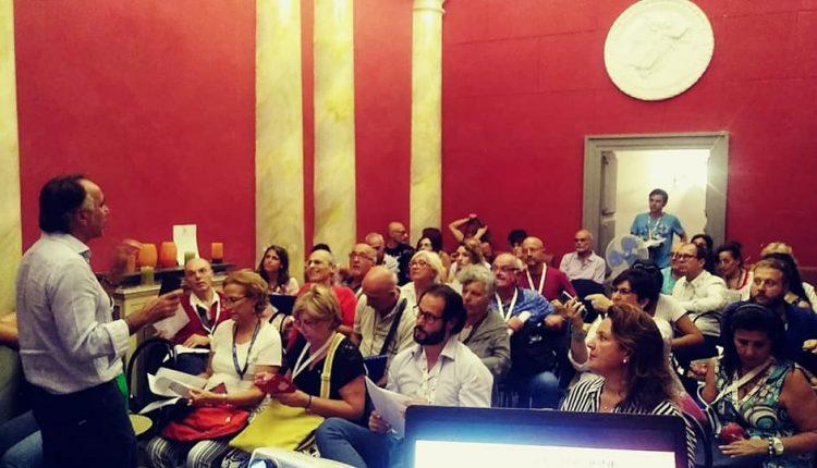"""Si afferma sempre più la """"scuola"""" di lingua e cultura napoletana a Palazzo Venezia a Spaccanapoli, curata dall'associazione I Lazzari"""