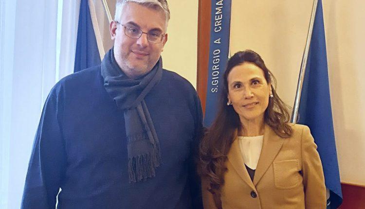 Entra in giunta l'avvocato Antonella Carino con deleghe alle Pari Opportunità e al Patrimonio, prende il posto di Ida Sannino