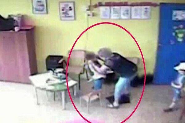 Violenze a scuola nel napoletano, bimbo autistico picchiato dalla maestra in una scuola ad Ercolano