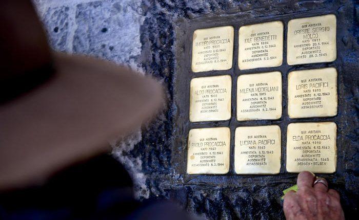 Pietre d'inciampo per vittime Shoah:assente la Comunità ebraica in polemica con assessore de Majo