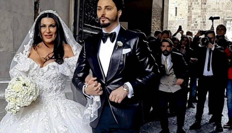 IL MATRIMONIO TRASH –Licenziati i 5 musicisti della polizia penitenziaria che suonarono alle nozze di Tony Colombo
