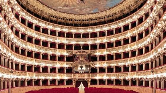 EMERGENZA CORONAVIRUS – Per il Teatro San Carlo e altri teatri: al via la programmazione on line