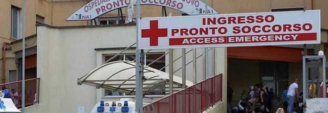 Emergenza Coronavirus, raid al Loreto Mare: rubati mascherine, camici e tute degli infermieri