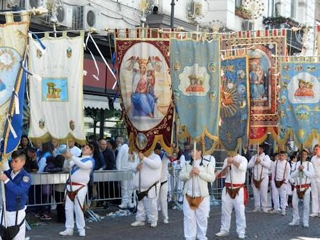 """Il Governatore De Luca: """"Stop al pellegrinaggio dei """"fujenti"""" al Santuario della Madonna dell'Arco. Prorogato il fermo ai cantieri"""