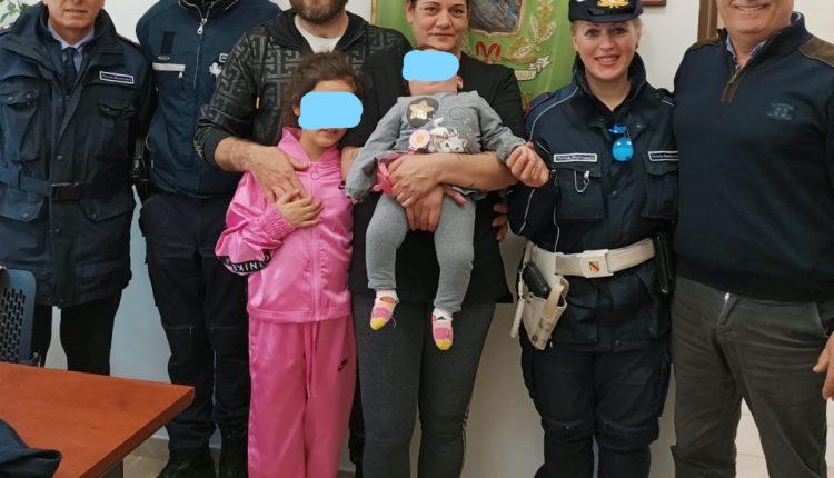 A SANT'ANASTASIA – POLIZIA MUNICIPALE ALLA RIBALTASALVATA UNA BIMBA DAL SOFFOCAMENTO