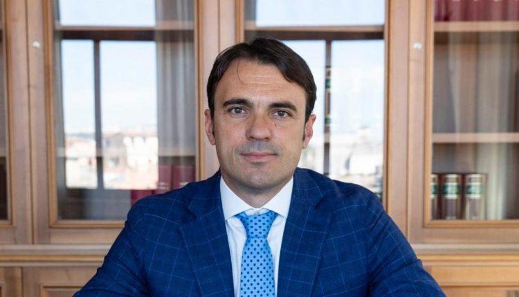 Il deputato Gianfranco Di Sarno scrive al commissario prefettizio di Sant'Anastasia: subito un sistema informativo integrato e la chiusura dei confini ai paesi vicini con l'esercito