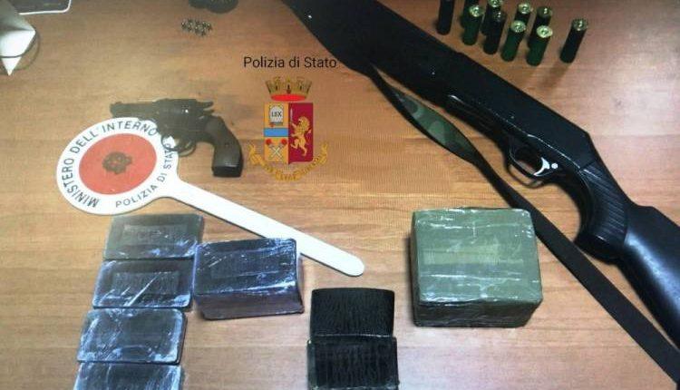 Droga e armi a via Argine, due arresti da parte degliagenti della Squadra Mobile e del commissariato di San Giorgio a Cremano