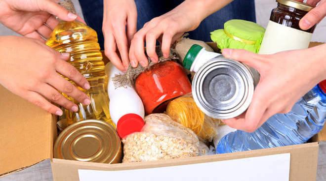 """""""Il cibo a chi serve"""". L'Amministrazione Comunale di San Sebastiano attraverso l'Ambito Sociale di zona assicurerà pacchi alimentari per le famiglie in difficoltà"""