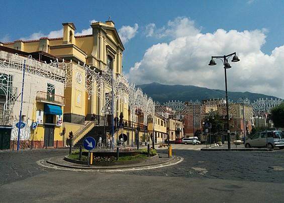 EMERGENZA CORONAVIRUS – Due casi a Pollena Trocchia: lo annuncia il sindaco sulla sua pagina Facebook