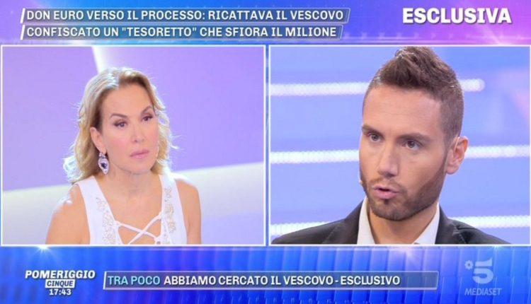 """Napoli, la Procura chiede processo per Barbara d'Urso: """"Diffamato ragazzo di San Giorgioa Cremano per la storia del prete gay e dei gigolò"""""""