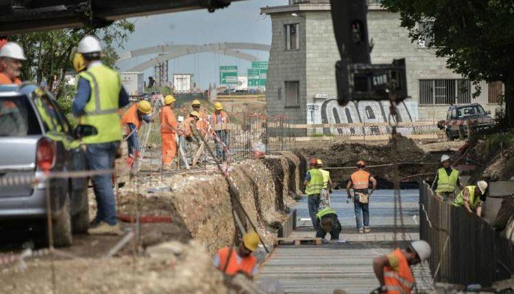 A San Vitaliano, 11 operai al lavoro nel cantiere edile: multe e denunce