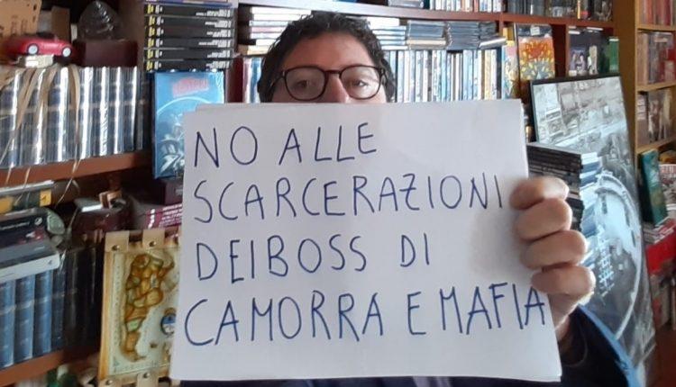 """Coronavirus, sciopero della fame contro la scarcerazione dei boss di camorra e mafia. Borrelli (Verdi): """"Vogliono usare la pandemia per rimettersi in libertà"""""""