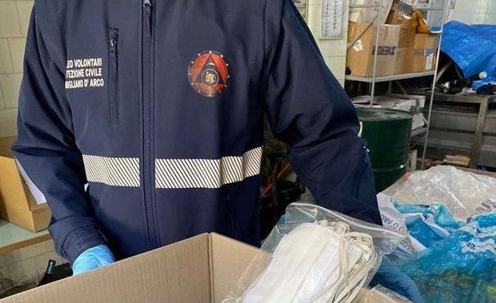 """A Pomigliano d'Arco il Movimento 5 Stelle dona 4 mila mascherine alla Protezione Civile, ma il sindaco Russo le rispedisce al mittente. """"Bassa propaganda elettorale"""", i pentastellati non ci stanno"""