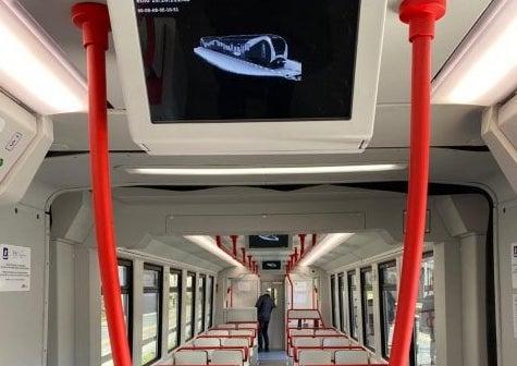 Circumvesuviana, in servizio 3 nuovi treni: lo annuncia il presidente Eav Umberto De Gregorio