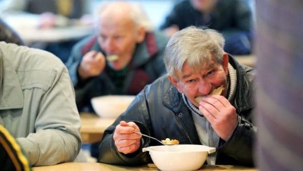 L'appello della Coldiretti: in Campania il 20% dei nuovi poveri. Sono i disoccupati a causa del Coronavirus