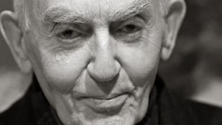 Al via il Maggio dei Monumenti, sarà online: eventi finoal 31 e si parte con un omaggio al filosofo Aldo Masullo