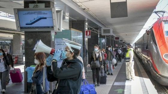 Coronavirus, rientri dal Nord: 19 viaggiatori positivi al test rapido