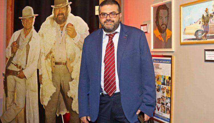 LUTTO NEL GIORNALISMO – Se ne è andato un gigante e non solo perché fosse grosso di statura: addio Carmine Alboretti, giornalista di razza e uomo perbene