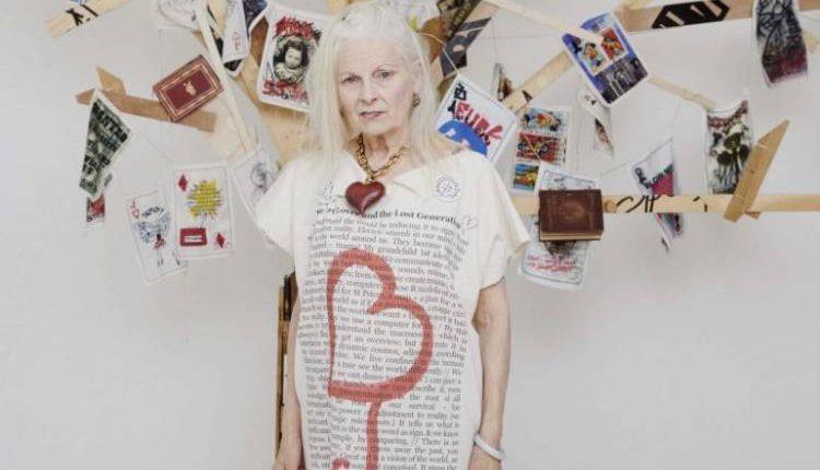 Vivienne Westwood posta i capolavori del Mann, la soddisfazione e l'invito a visitarlo  del direttore Paolo Giulierini