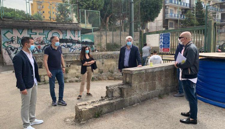 Dopo anni di chiusura, l'amministrazione Zinno rifà il look al Campo Sportivo Baracca di via Sandriana