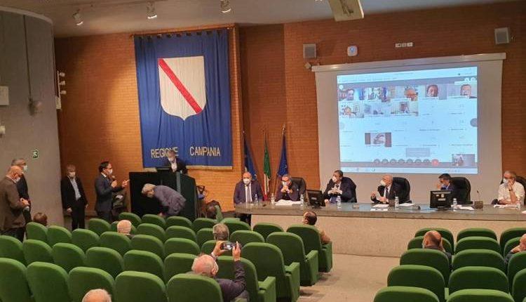 Confesercenti Campania incontra il Governatore De Luca: «Garantiamo sicurezza per attrarre clienti e turisti»