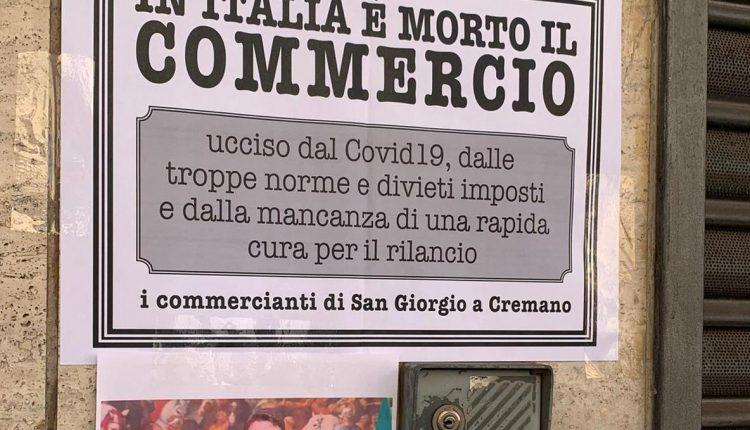 """A San Giorgio a remano: Commercio, manifesti flash mobe incontro con l'amministrazione.Il sindaco Zinno: """"Impegno comune per la ripresa"""""""