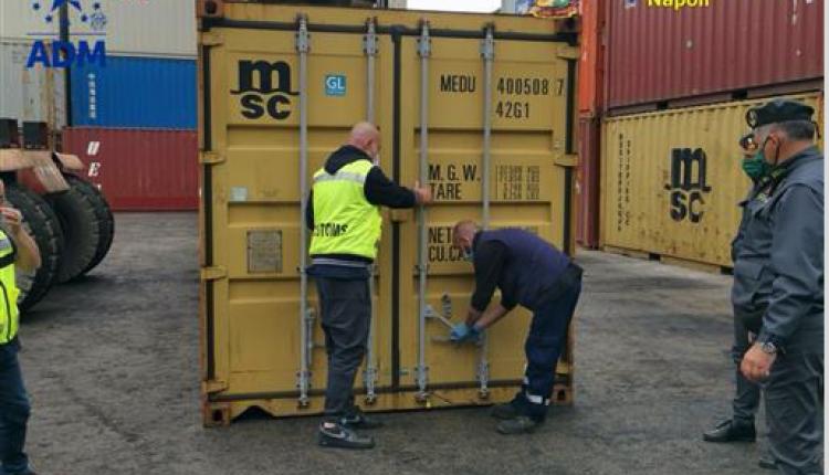 Sequestrate nel Porto di Napoli 8 tonnellate di rifiuti pericolosi diretti in Africa: eranoin un container destinato in Burkina Faso