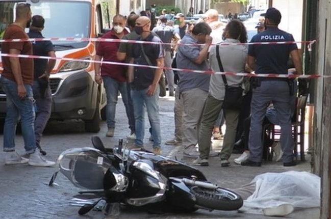 Omicidio di camorra a San Giorgio a Cremano, la faida tra Mazzarella e Vollaro sullo sfondo o una vendetta trasversale contro il fratello pentito della vittima?