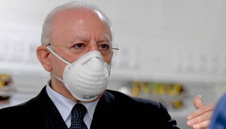 Il Governatore della Campania Vincenzo De Luca, dal 22 giugno facoltativo l'uso mascherina:obbligatorio solo in luoghi chiusi e con assembramenti