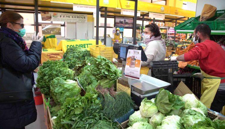 Apre a Napoli il più grande mercato contadino del Sud Italia: aFuorigrotta l'iniziativa di Coldiretti e Campagna Amica