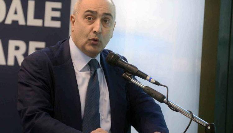 Minacce al direttore dell'Asl Na1 Ciro Verdoliva: offese al citofono di casa