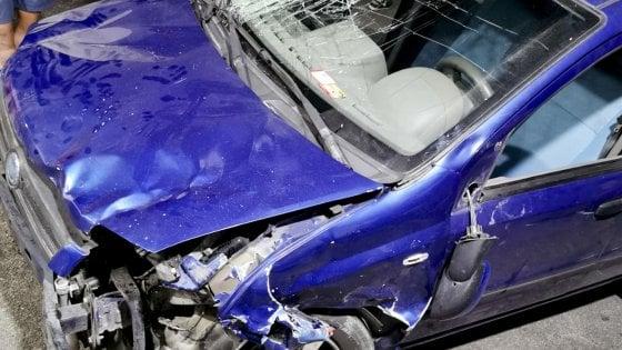 Investe sei persone e uccide una donna, gip convalida il fermo per omicidio stradale